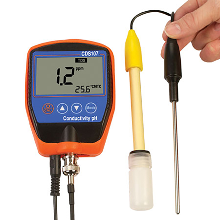 handheld conductivity and ph meter