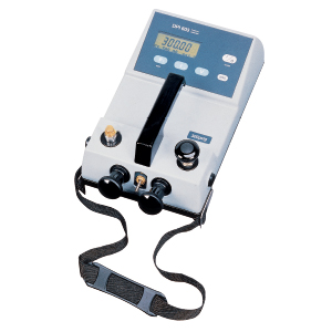 Portable Pressure Calibrators with Built in Pressure Pump | DPI603