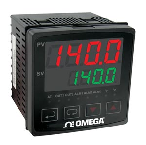 1/4 DIN Ramp/Soak Temperature/Process Controllers   CN7200 Series